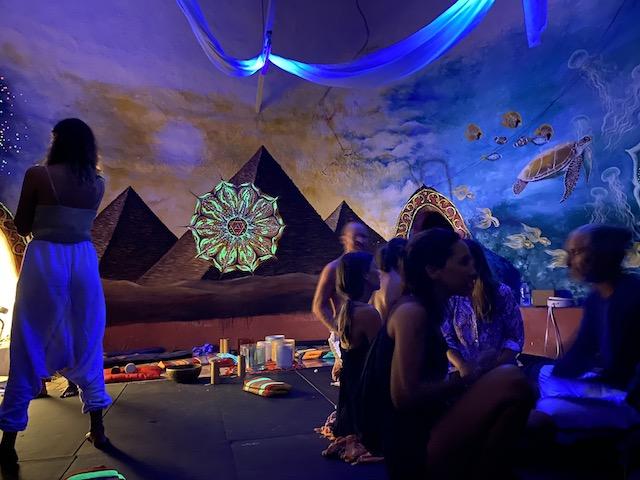 サウンドヒーリングが行われたドーム パンガン島