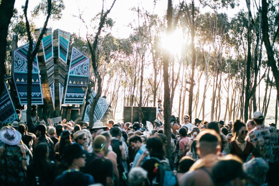 オーストラリア、Festival Trip