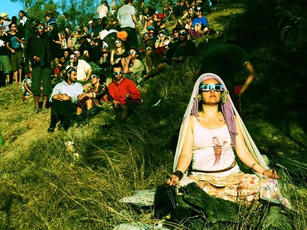 皆既日食と瞑想 eclipse2012,cairns,australia