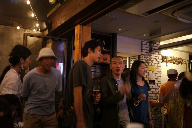 川島さんはセカンド・サマー・オブ・ラブ以降のパーティーシーンにも詳しい