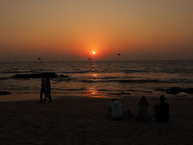 ゴア、ビーチの夕日